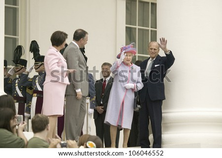 From left to right, Virginia First Lady Anne Holton, Governor Timothy M. Kaine, Her Majesty Queen Elizabeth II and Prince Philip waving, Richmond Virginia, May 3, 2007