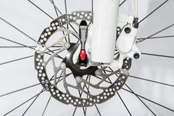 Front disc brake on mountain bike