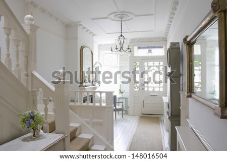 Front door with entrance hall of house Foto d'archivio ©
