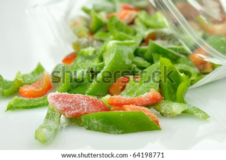 frozen red and green sweet peppers
