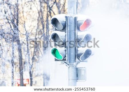 Frozen traffic lights