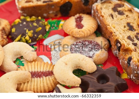 Fruit cake and cookies