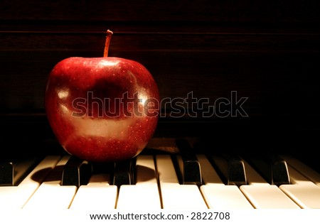 Fruit of Knowledge - Apple on piano - Painting with Light Technique