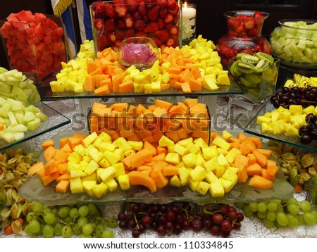 fruit table display jello with fruit