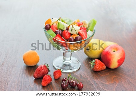 Fruit salad prepared with organic fruits