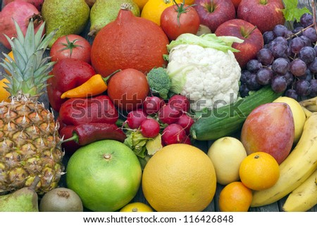 Fruits and vegetables mixed assortment