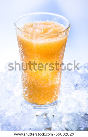 Fruity smoothie on icecubes