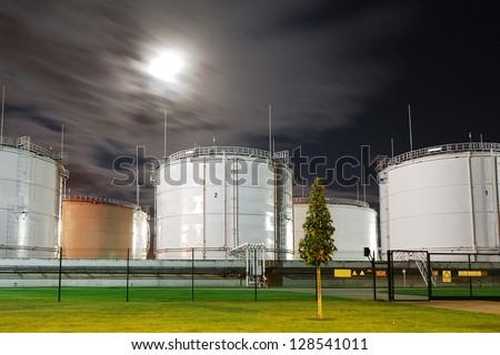 Fuel storage tanks at oil terminal
