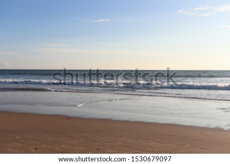 full isolated ocean view from the beach with nobody around