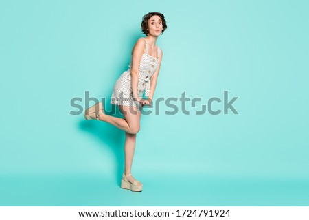 Full length body size view of her she nice attractive lovely charming pretty shy girlish cheery funny girl posing sending air kiss isolated over bright vivid shine vibrant blue color background Foto d'archivio ©