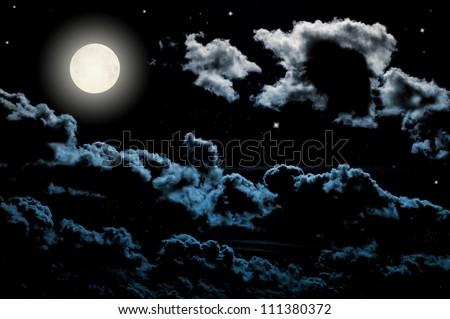 Full moon at the beautiful night