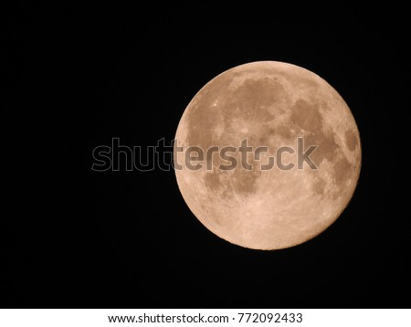 Full phase of Lunar, Full Moon, It is an astronomical body that orbits planet Earth. #772092433