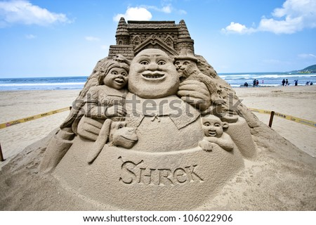 FULONG, TAIWAN-MAY 23,2012:a shrek sand sculpture at Fulong beach for celebrating the Sand Sculpture Festival on May 23,2012 in Fulong,Taiwan