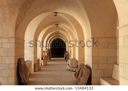 gallery of a mediterranean archaeological museum #53484133