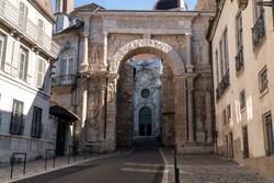 Gallo Roman Triumphal arch