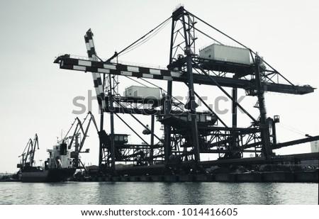 gantry cranes in port of burgas ...