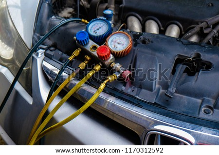 Garage Auto monitor pressure gage engine check and fix air of car, Vehicle maintenance