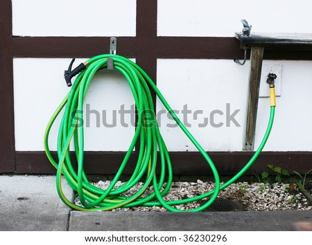 garden hose and drinking fountain