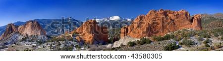 Garden of the Gods Panarama with snowcapped Pikes Peak near Colorado Springs, Colorado