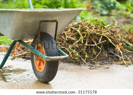 Gardening wheelbarrow