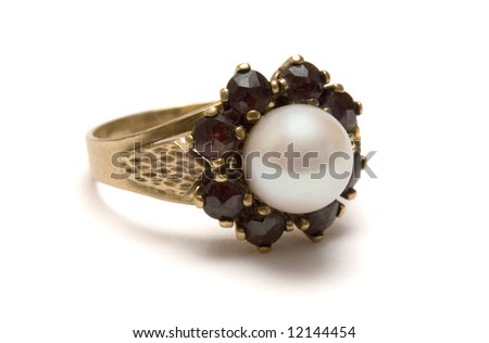 Garnet Gold Ring with Pearl