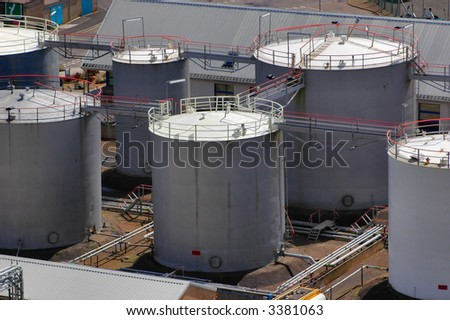 Gas & oil fuel storage tanks seen from above.