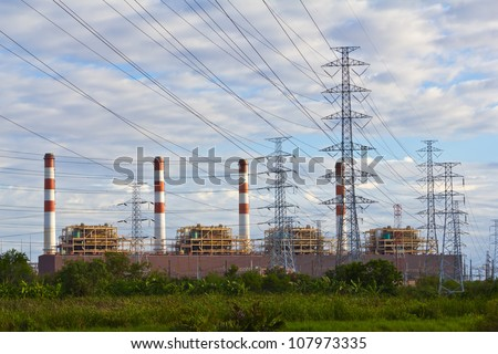 Gas turbine electrical power plant with high voltage transmission lines and pylons, Thailand