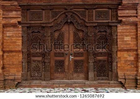 Gebyok is one of the typical Javanese furniture in the form of a Javanese partition, which is generally made of teak wood. It is can be used also for the door of the house.