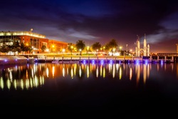 Geelong waterfront twilight paints an idyllic picture featuring the historical buildings which are home to Deakin University Geelong and also the iconic Cunningham Pier entry archway.