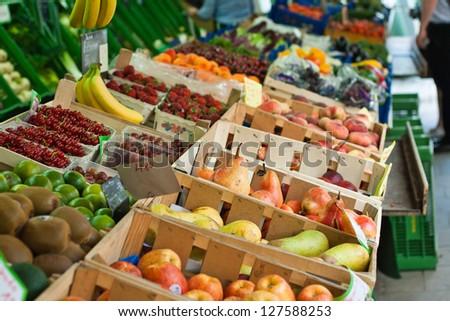 Gem�¼se und  Obst Markt