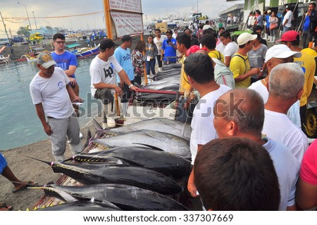 General Santos, Philippines - September 5, 2015: Fishermen are selling their tuna at the seafood market