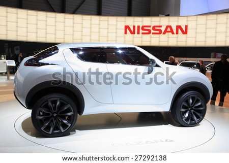 GENEVA - MARCH 7 : A Nissan Qazana Concept car show on display at 79th International Motor Show Palexpo-Geneva on March 7, 2009 in Geneva, Switzerland. More than 130 vehicles were introduced.
