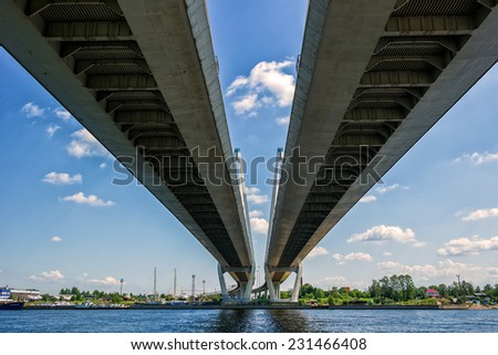 Geometry lines, bottom view of the cable-stayed bridge.