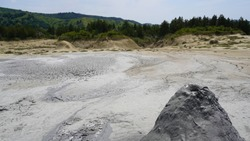 Geothermal area modeled by mud eruptions