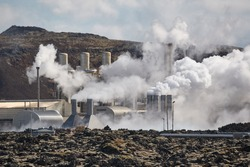 Geothermal power plant in Iceland through heat haze