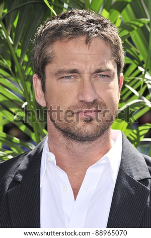 """Gerard Butler at the world premiere of his new movie """"Nim's Island"""" at Grauman's Chinese Theatre, Hollywood. March 30, 2008  Los Angeles, CA Picture: Paul Smith / Featureflash"""