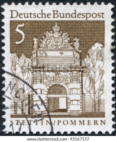 GERMANY - CIRCA 1966: A stamp printed in Germany, shows the Berliner Gate (Brama Portowa) in Stettin / Szczecin (Poland), circa 1966
