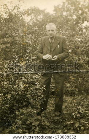 GERMANY, CIRCA FIFTIES - Vintage photo of man