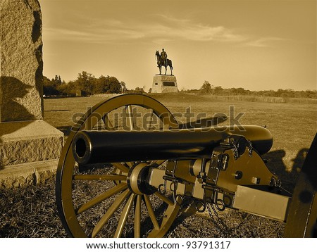 Gettysburg: Cannon and Statue of Union Commander General George Meade - stock photo