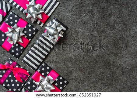 gift box #652351027