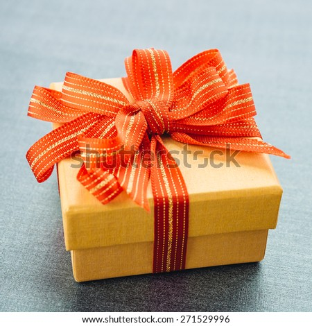 Gift box - Vintage effect style pictures