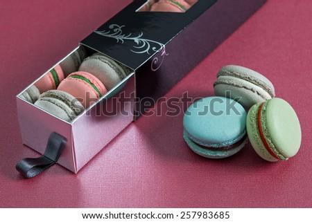 Gift box with macarons/ French Macarons dessert box / holidays macarons sweets box