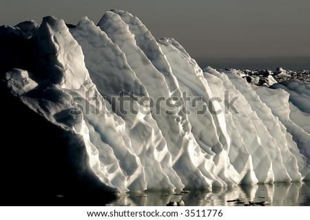 Gigantic ice ripples