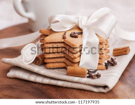 Gingerbread cookies in a festive decoration