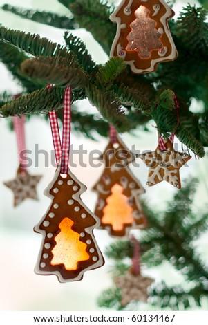 Gingerbread cookies on Christmas tree