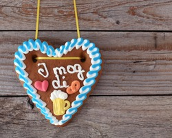 Gingerbread Heart with text in bavarian-dialect :