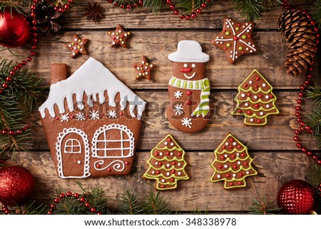 Free photos Gingerbread man and woman couple cookies christmas ...