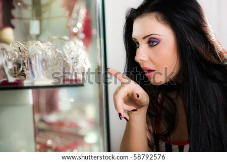 Girl before showcase