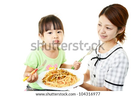 Girl who eats spaghetti and the mother