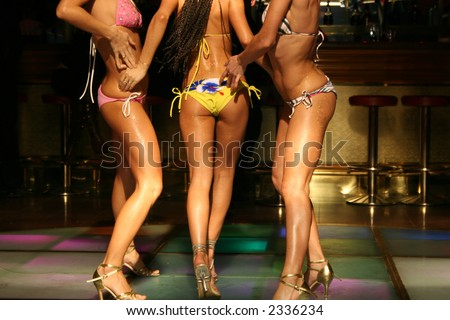 girls body in night club